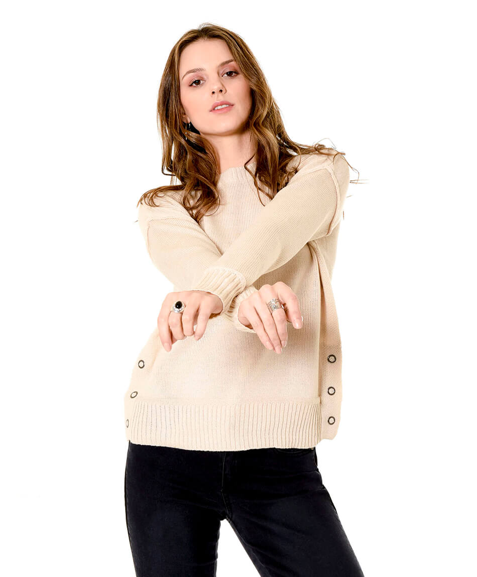 SWEATER OJETILLOS LATERALES