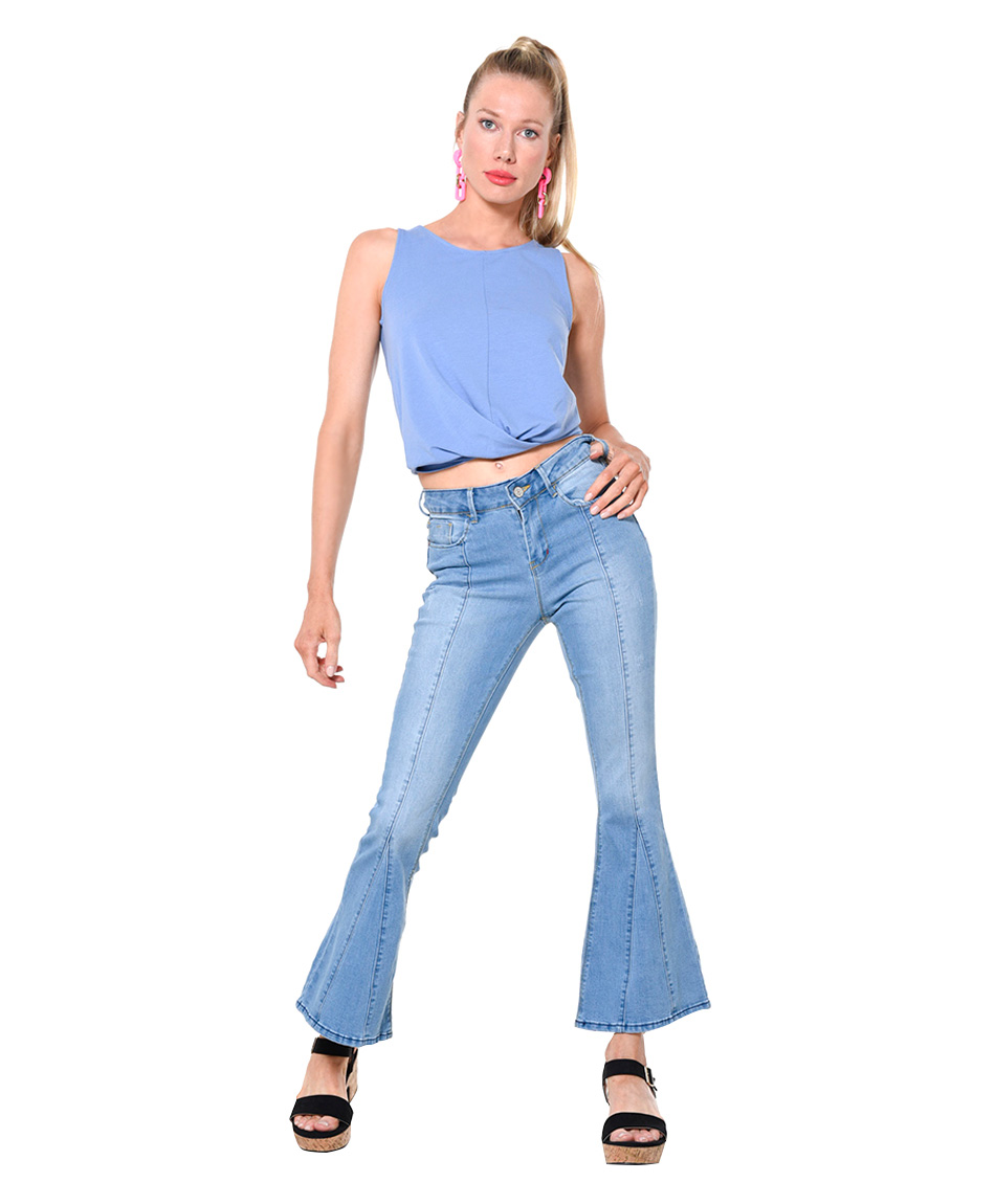 JEANS PUSH UP CORTE FLARE
